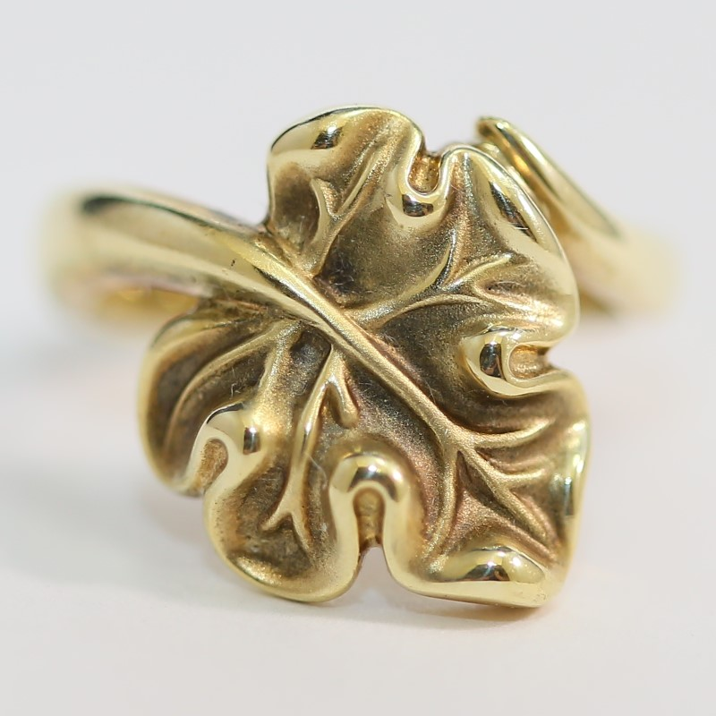 14K Yellow Gold Fall Autumn Inspired Swooping Bypass Leaf Ring sz 6.25