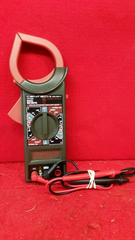 Cen-Tech 95652 Digital Multimeter / Clampmeter