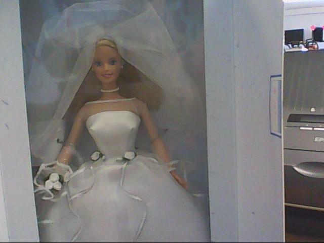 MATTEL Doll BARBIE BLUSHING BRIDE 26074