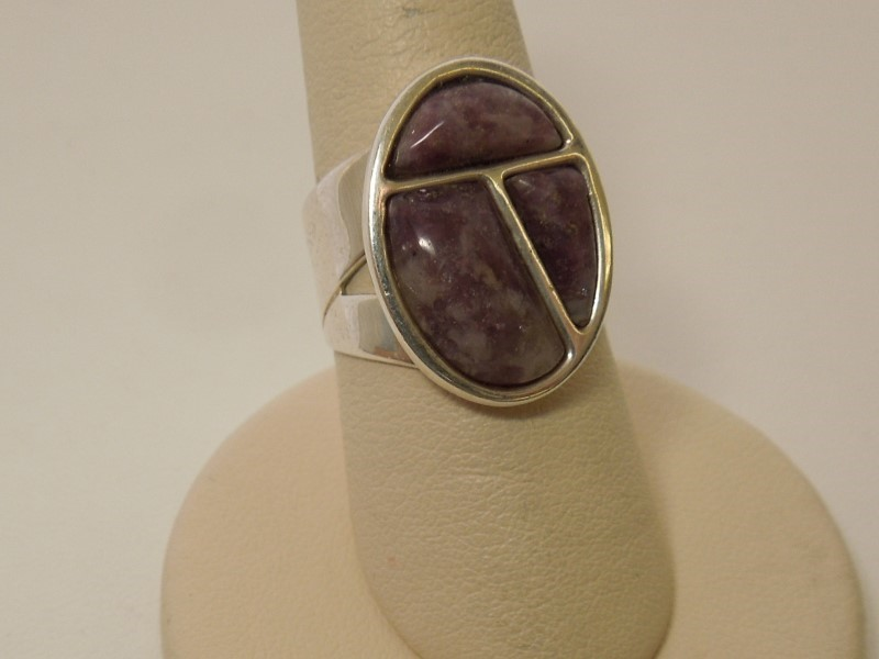 Purple Stone Lady's Silver & Stone Ring 925 Silver 7.7g