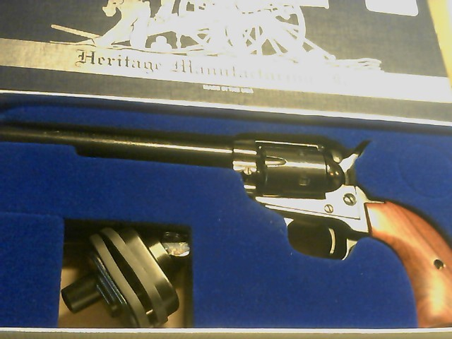 HERITAGE FIREARMS Revolver ROUGH RIDER RR22MB6