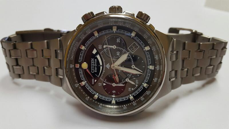 CITIZEN Gent's Wristwatch CALIBRE 2100V