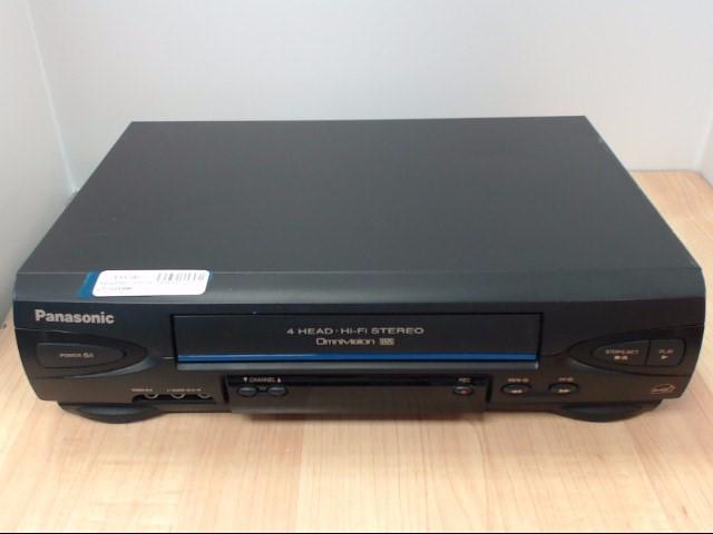 PANASONIC Tape Player/Recorder PV-V4522