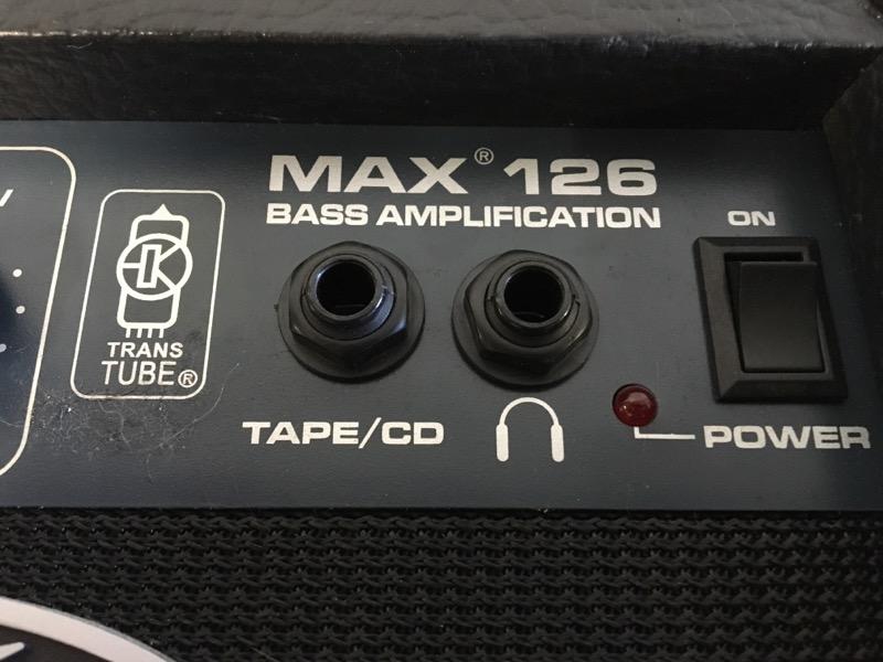 PEAVEY Bass Guitar Amp MAX 126