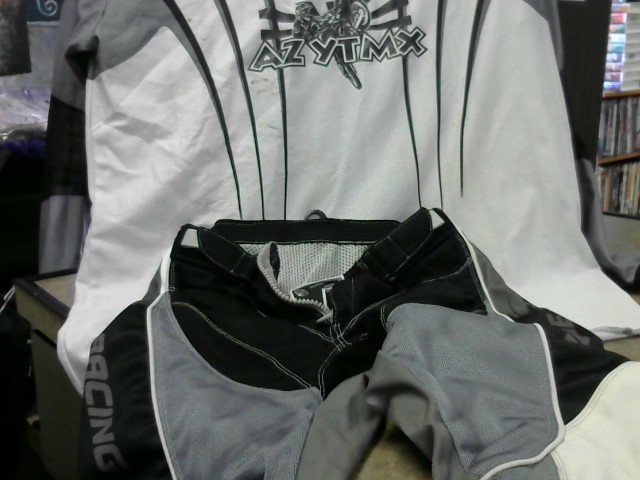 FOX Clothing RACING OUTFIT