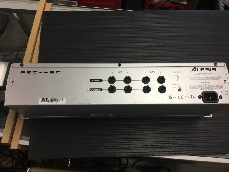 ALESIS Equalizer PEQ450