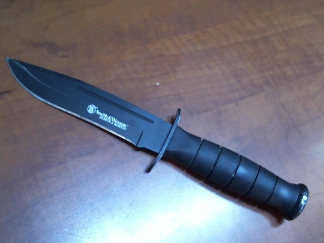 SMITH & WESSON Combat Knife CKSUR1