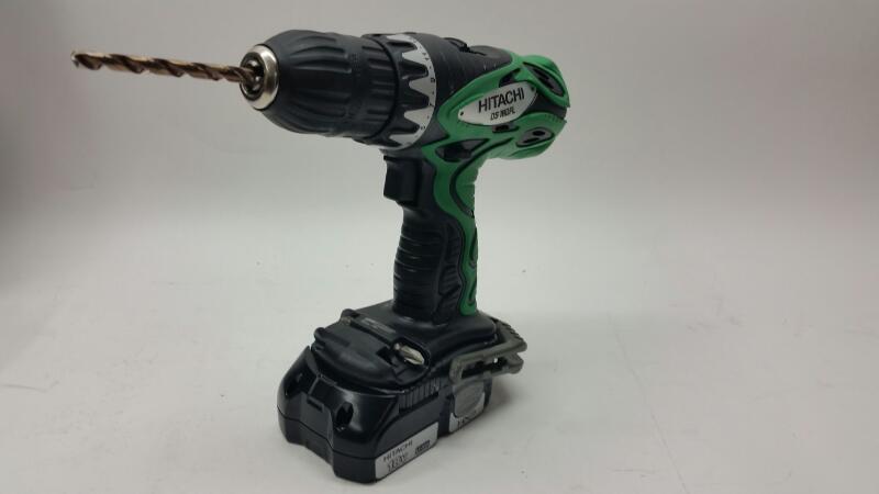 HITACHI Cordless Drill DS18DFL