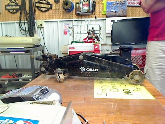 KOBALT TOOLS Miscellaneous Tool FLOOR JACK