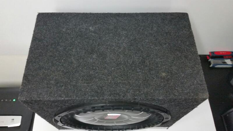 "KICKER CVT12 12"" SUBWOOFER INA CARPETED BOX"