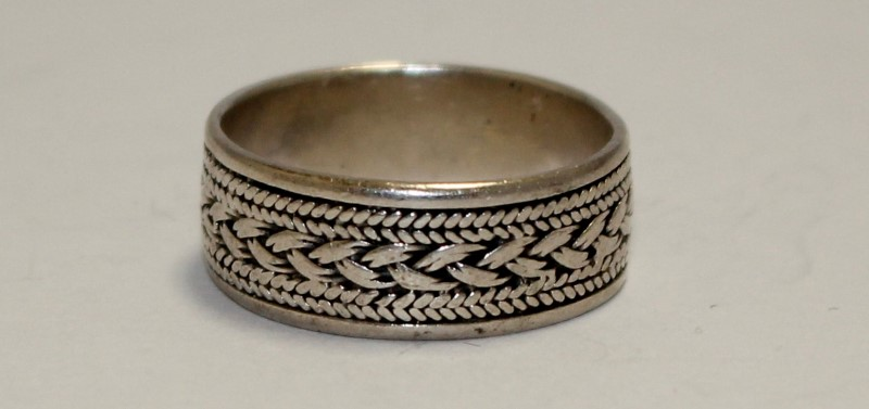 STERLING SILVER BRAIDED TREAD BAND RING Size:9