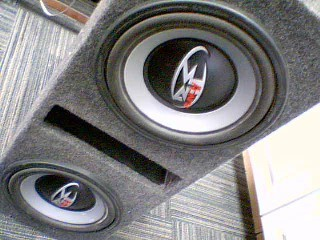 ROCKFORD FOSGATE PUNCH 2X12 SUBS IN BOX