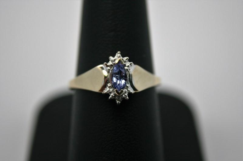 LADY'S FASHION TANZANITE W/ DIAMOND RING 10K YELLOW GOLD