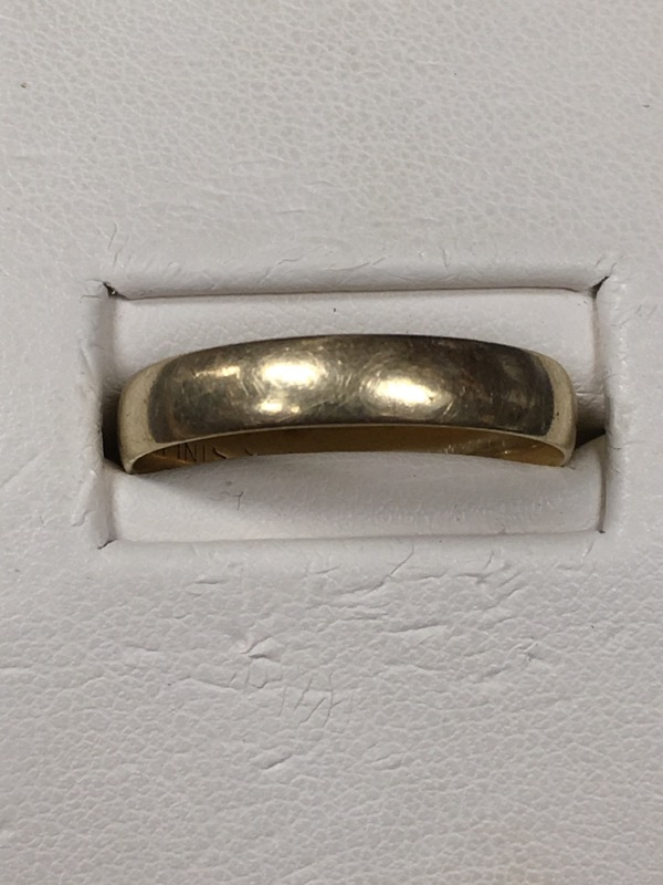 Gent's Gold Wedding Band 10K Yellow Gold 2.2dwt Size:10.5