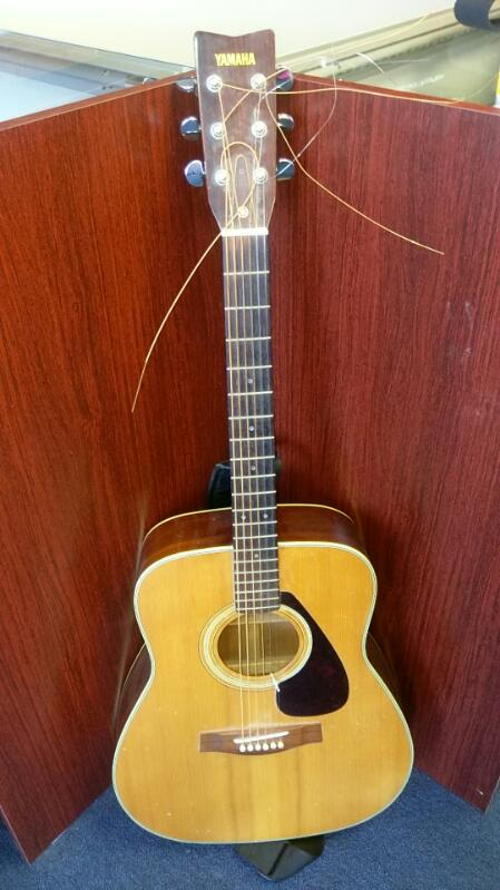 YAMAHA ACOUSTIC GUITAR MODEL FG-335 WITH STRAP