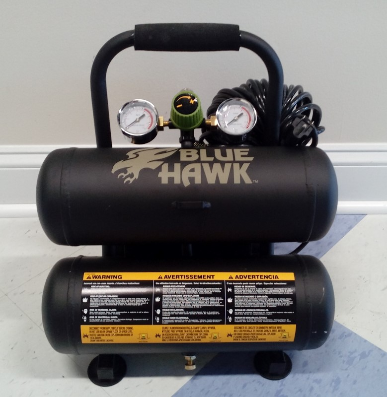 BLUE HAWK 2-GALLON 125 PSI AIR COMPRESSOR KIT **In Store Pick Up Only**