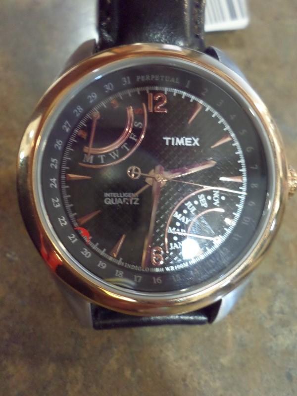 TIMEX Gent's Wristwatch T2N814
