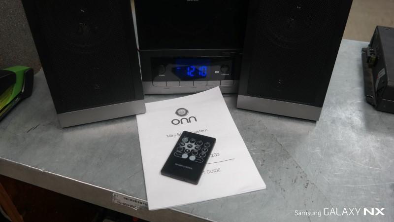 ONN CD Player & Recorder ONB15AV203