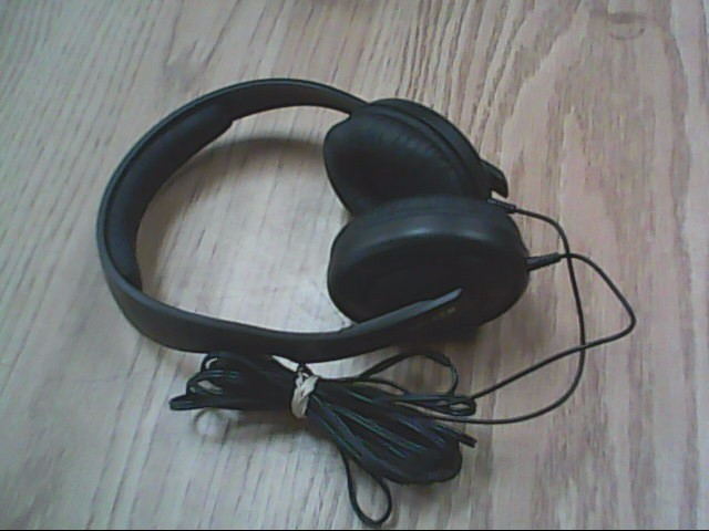 SENNHEISER Headphones HD 202