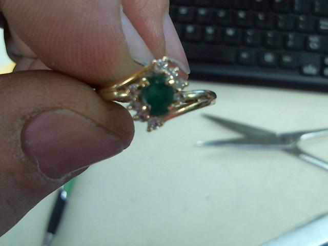 Green Stone Lady's Stone & Diamond Ring 8 Diamonds .08 Carat T.W.