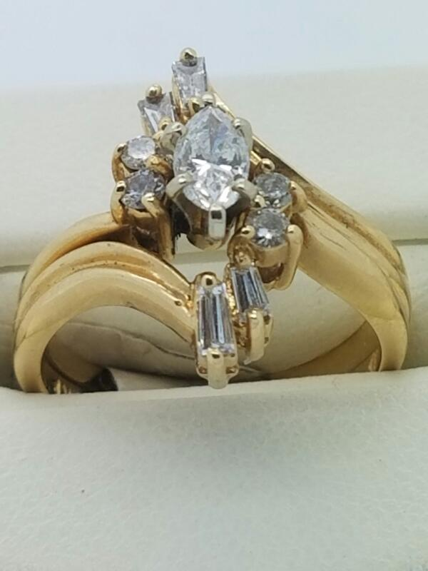 Lady's Diamond Wedding Set 9 Diamonds .27 Carat T.W. 14K Yellow Gold 3.6dwt