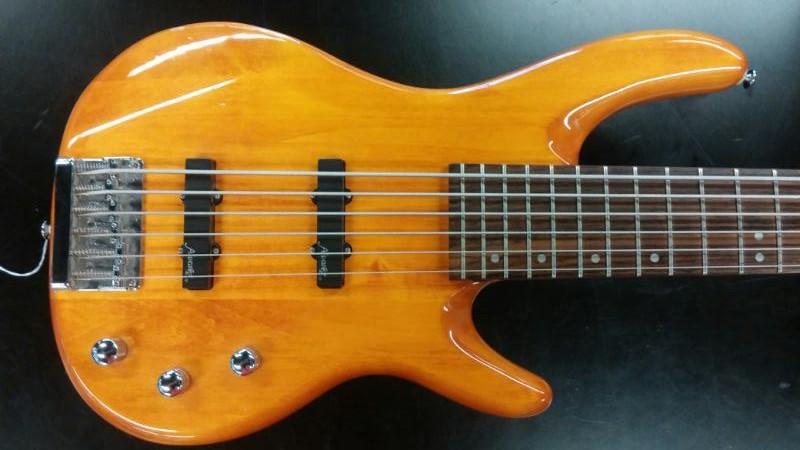 ALVAREZ Bass Guitar AEB206