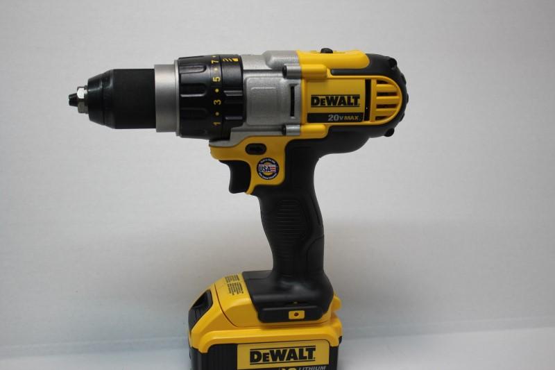 DEWALT Cordless Drill DCD980