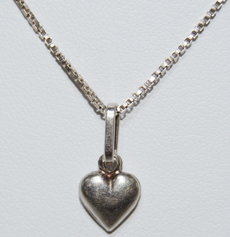 "19"" Sterling Silver Dainty Puffy Heart Pendant Necklace w/ Italian Box Chain"