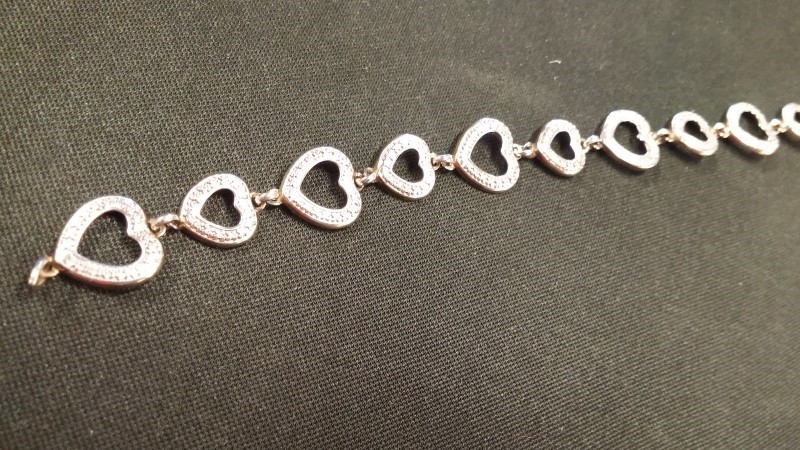 Gold Fashion Bracelet HEARTS 10K Yellow Gold 2.9dwt