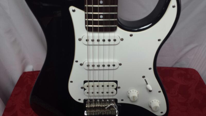 YAMAHA Electric Guitar PACIFICA