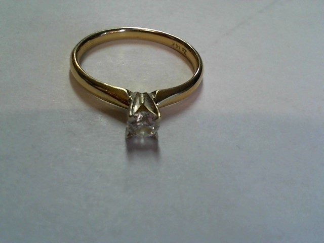 Lady's Diamond Solitaire Ring .30 CT. 14K Yellow Gold 2g Size:7