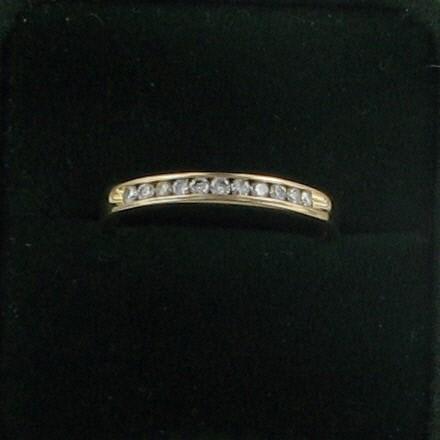 Lady's Diamond Wedding Band 11 Diamonds .11 Carat T.W. 18K Yellow Gold 1.8dwt