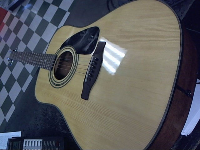 FENDER Acoustic Guitar DG8S