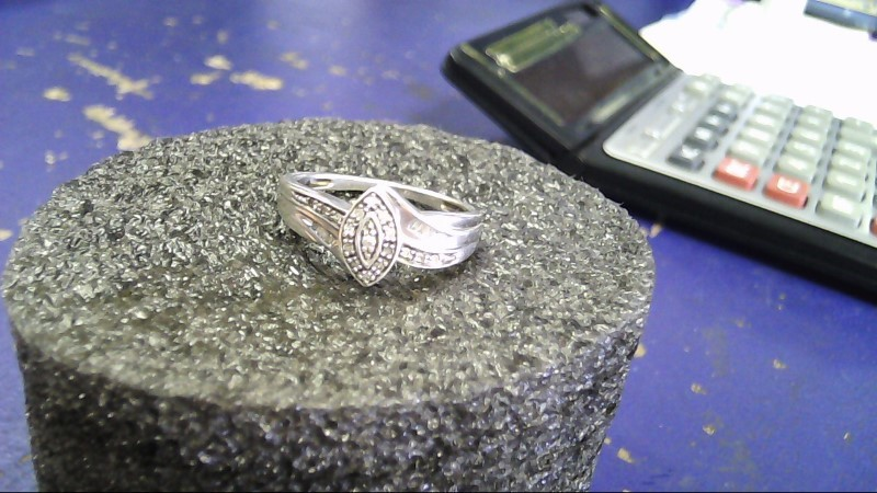Lady's Silver-Diamond Ring 30 Diamonds .30 Carat T.W. 925 Silver 3.2g