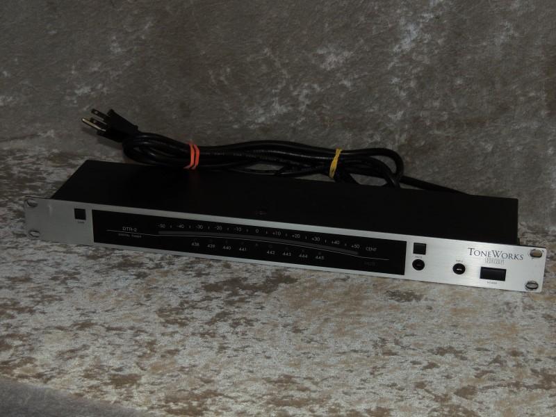 KORG Toneworks DTR-2 Digital Rack Mount Chromatic Tuner