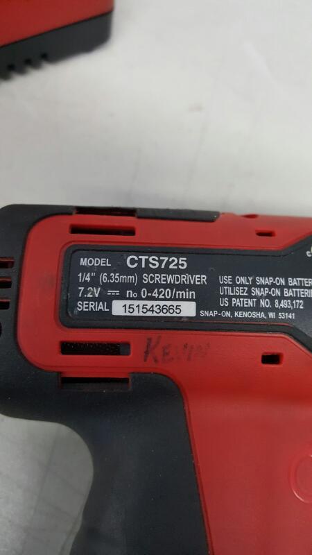 "Snap-On CTS725 1/4"" 7.2 Volt Cordless Li-ion Screwdriver Kit"