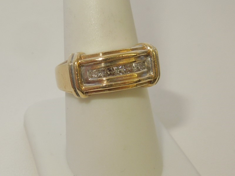 Gent's Diamond Fashion Ring 7 Diamonds .35 Carat T.W. 10K Yellow Gold 7g