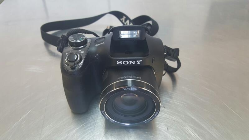 SONY Digital Camera DSC-H300