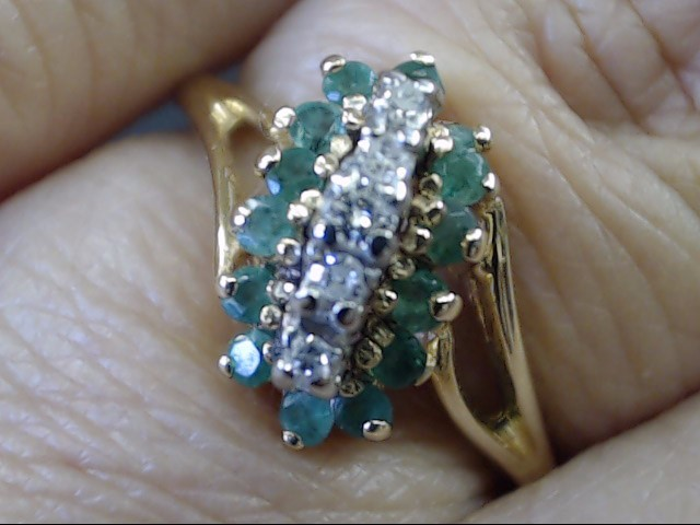 VINTAGE EMERALD DIAMOND CLUSTER RING SOLID REAL 10K GOLD SIZE 6.5