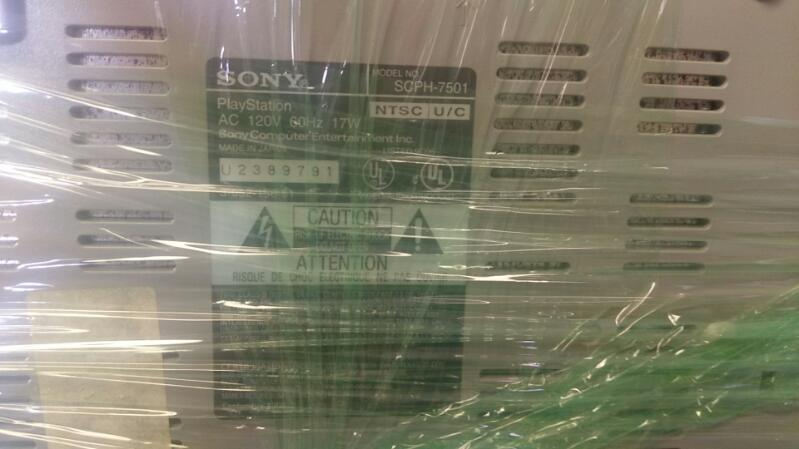 SONY PLAYSTATION 1 - ORIGINAL - 1ST GENERATION