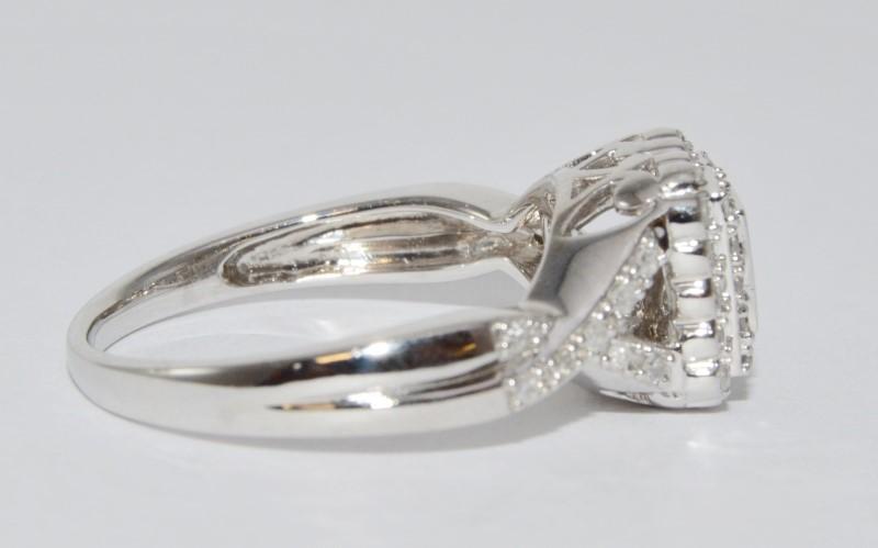 14K White Gold Unique Vintage Inspired Baguette Diamond Cluster Twist Ring sz 7