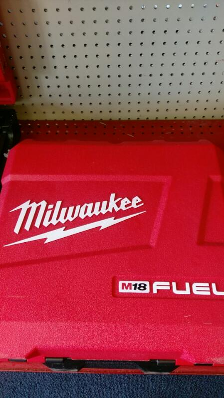 MILWAUKEE Hammer Drill 2704-22