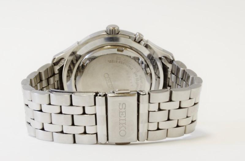 SEIKO Gent's Wristwatch 5M62-0DF0