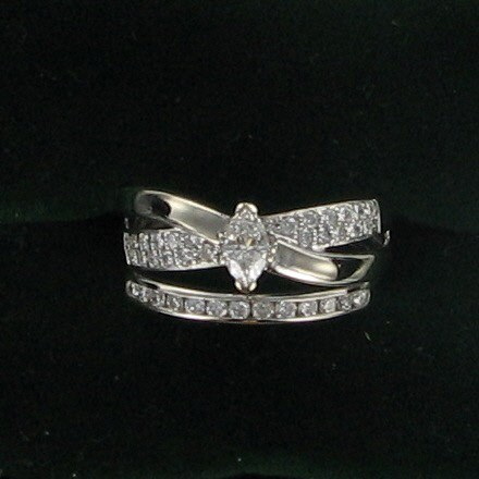 Lady's Diamond Fashion Ring 36 Diamonds .98 Carat T.W. 14K White Gold 4.6dwt