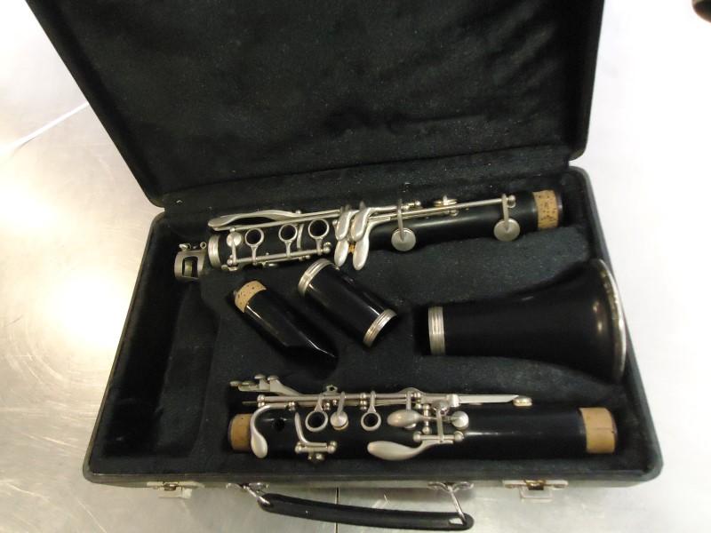 ARTLEY Clarinet CLARINET