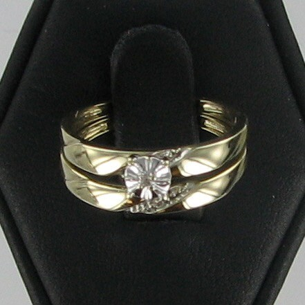 Lady's Gold Wedding Band 10K Yellow Gold 1.8dwt