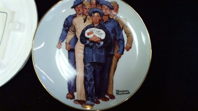 DANBURY MINT Collectible Plate/Figurine NORMAN ROCKWELL AMERICAN HEROES