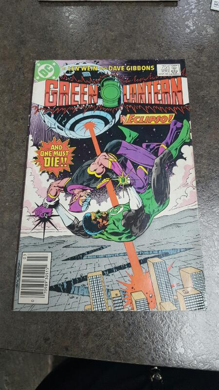 DC COMICS Comic Book GREEN LANTERN