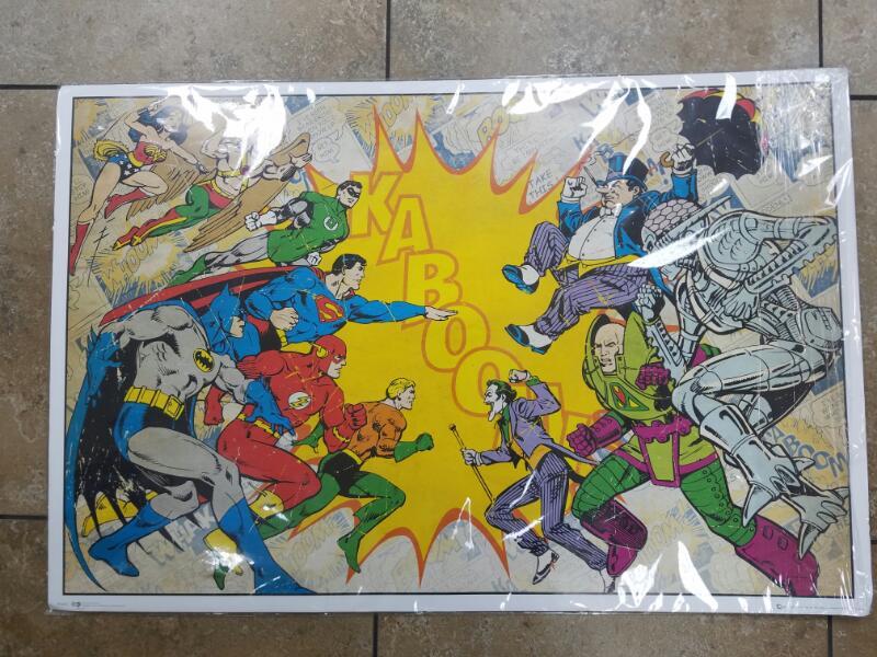 WARNER BROTHERS Poster HEROES VS VILLIANS