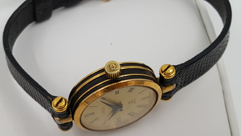 GUCCI Lady's Swiss Quartz Movement Gold Tone & Black Watch